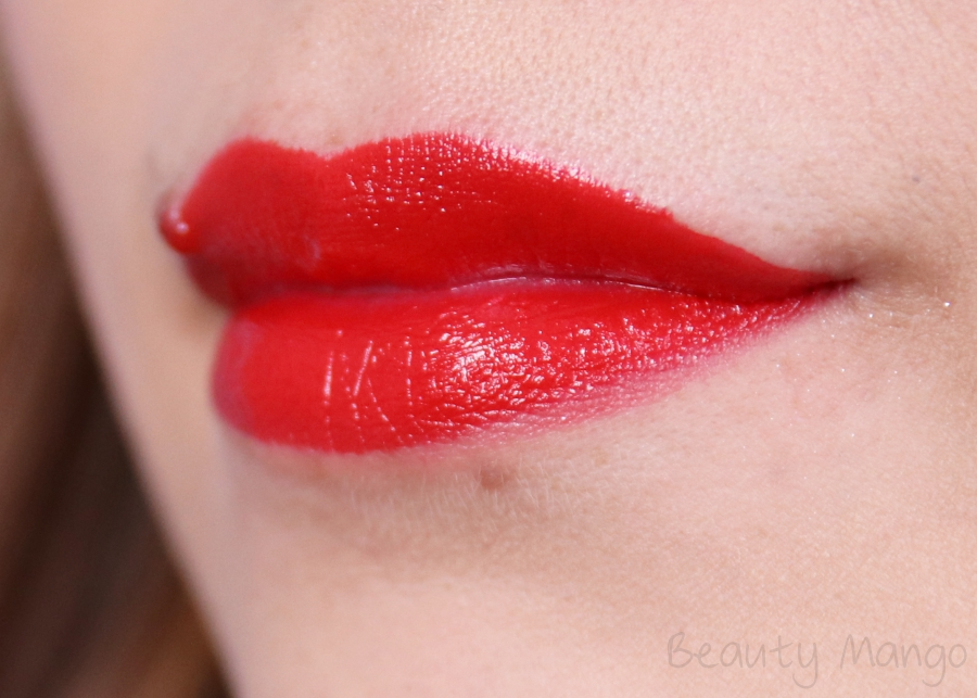 Manhattan Moisture Renew Lipsticks