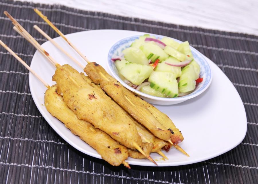 [Rezept] Saté Gai สะเต๊ะ (Thailändische Hähnchen-Saté-Spieße)